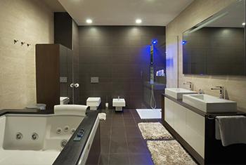 Modernes Badezimmer in Düsseldorf